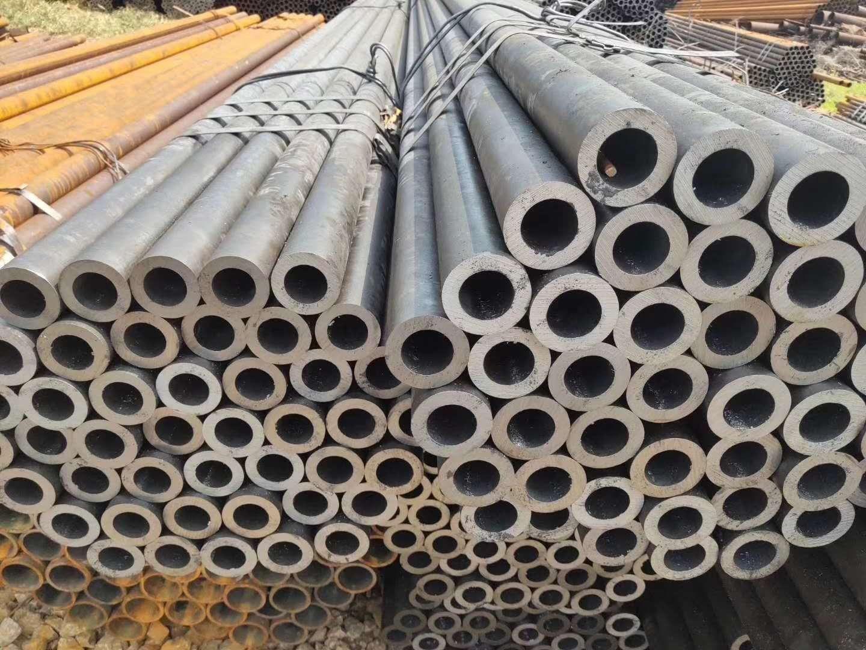 安次化肥设备用高压无缝钢管